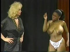 Ebony Ayes vs Shelley Renee